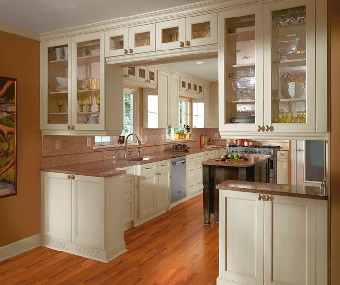 Featured Image for 5 Kitchen Style Tips to Match Your Busy Life