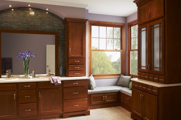Featured Image for Double-Hung Windows 101: What are the Benefits?