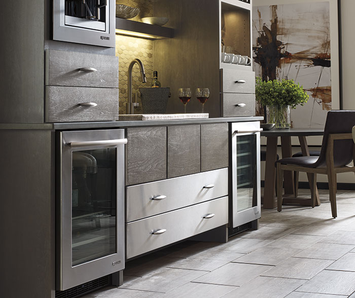 painted_maple_kitchen_cabinets_funtional_use_area